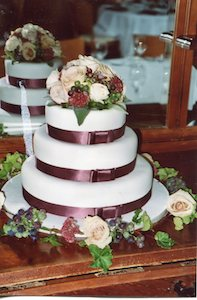 the flower school cake decorating course
