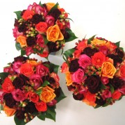 Bridesmaides posies colourful roses