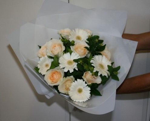 Pam-Hand-tied-posy-cropped