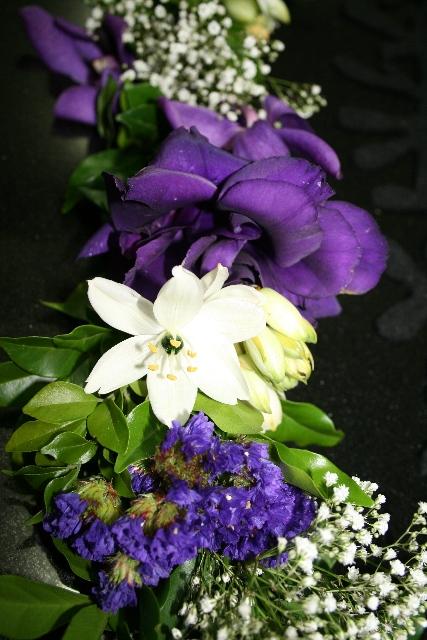 Petch flower garland closeup