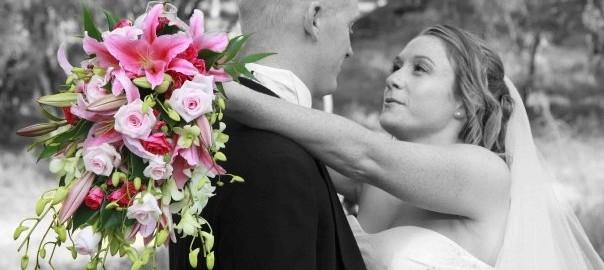 Trailing handtied bouquet
